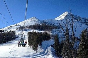 Grizzly Outfitters - ski rental headquarters