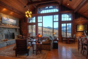 Mountain Home Vacation Rentals - #1 in Luxury :: Private rental lodges, homes & cabins throughout the Big Sky/Yellowstone region. Recognized by Conde Nast Traveler as one of the best rental agencies in the world.