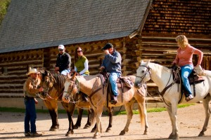 320 Ranch - daily trail rides, open to public :: Offering all levels of riding and for various time lengths from 1-hour to 1/2-day to a full-day in the backcountry. Located at our ranch headquarters 7 mins from Yellowstone.