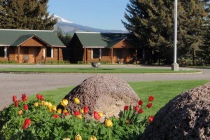 Authentic Cabins and Family Log Lodges in Ennis MT