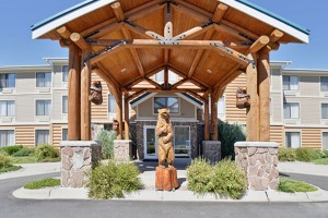 Yellowstone Clubhouse Inn - a dog's favorite hotel