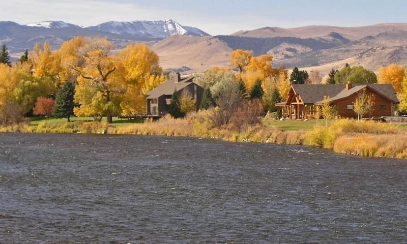 Pet Friendly Motels In West Yellowstone Mt